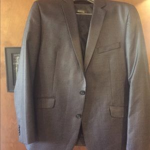 Kenneth Cole Reaction Suits & Blazers - Kenneth Cole reaction 3 piece suit.